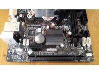 Intel i5 4590 quad core CPU, Gigabyte motherboard, Hyper 212 Evo CPU cooler