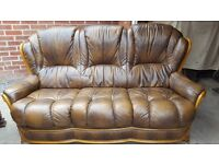 Brown leather 3 seater settee.