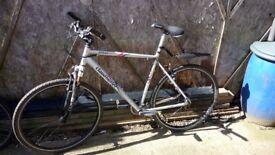 Claud butler urban 200 road bike