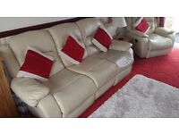 Leather 3 Piece Suite 3 Seater Settee and Two Chairs Reclining in Cream