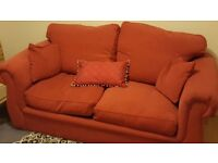 Sofa bed very good condition, non smokers.