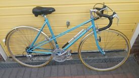 Classic Ladies Carlton Courette 10 bicycle 531 tubing 1983 one owner less than 50 miles immaculate