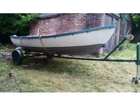 13ft Fibre Glass Boat/Dighny with metal trailer