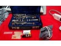 AMATI KRASALICE CLARINET - MODEL ACL 201 – WITH MUSICAL STAND & MUSIC BOOKS – Rarely used – RRP £289