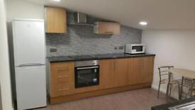 Builders - Kitchen - Bathroom - Loft conversion - Plastering - Tiling -