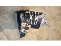 Nordica Ski Boots Black UK Size 5/5.5