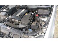 MERCEDES BENZ c class compressor c200 auto 2005