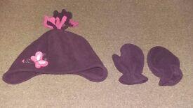 Girls purple hat and gloves set