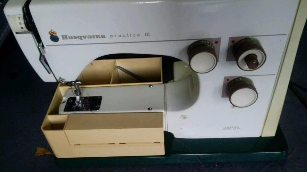 BARGAIN HUSKAVARNA electric sewing machine £10