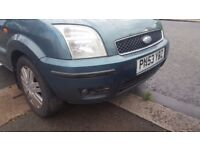 2004 FORD FUSION FRONT BUMPER + FOG LIGHTS GREEN U2 COLOUR CODE , GOOD CONDITION