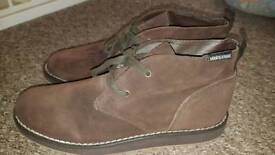 Brown soft boot size 9