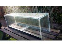 Aquarium Fish Tank - 4 Feet