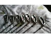 Wilson Staff D200 right hand regular flex steel irons SW- 5 iron- bargain!! Still £299 on ebay!!