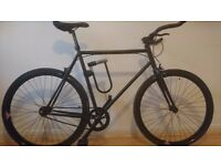 Black single-speed road bike w/ bullhorns (60cm) - Excellent Condition