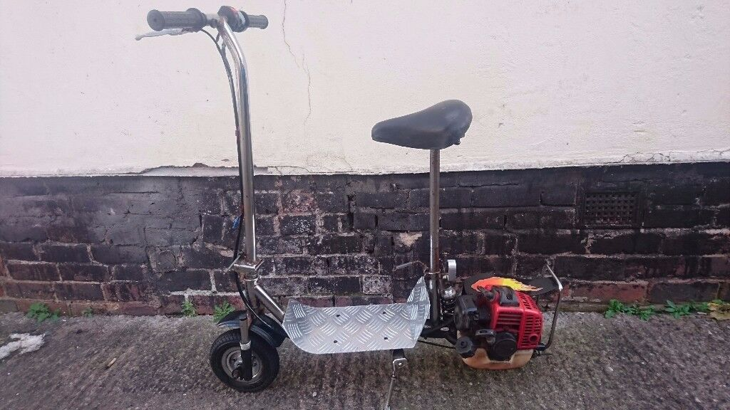 VINTAGE 1970S ORIG PETROL POWERED SIT ON SCOOTER FAB MAN CAVE HOME WORKSHOP DISPLAY WINTER PROJECT