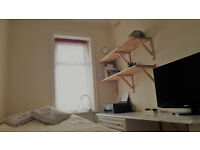 1 Bedroom to Rent, good amenities, close to shops and public transport