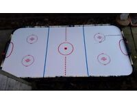Air hockey game table