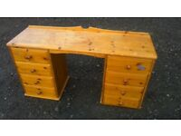 Cheap solid pine dressing table/ desk, a project !