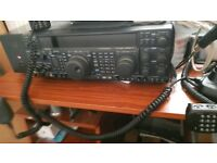 YAESU FT 1000MP MRK V 200 WATTS PLUS POWER SUPPLY