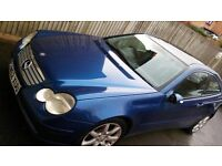 Mercedes C200 - Great condition!