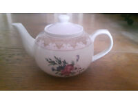 Vintage / Antique Style M&S Marks and Spencer China Ceramic Teapot Tea Pot Floral Chintz