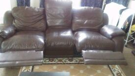 Lazyboys 3 seats sofa selling ASAP. Upton park area. 250 pounds, very good condition