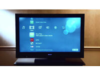 sony bravia kdl-40nx703 smart with wifi build in. good condition