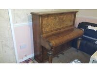 130 years old piano