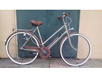 Ladies Vintage Bicycle/Bike - 70's in Serviced Condition - Must go