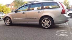 Volvo v50 2.0 diesel, 6 speed semi-automatic gearbox VERY good condition