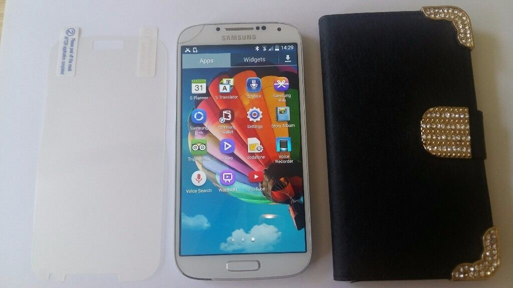 Samsung GALAXY S4, UNLOCKED80in Mitcham, LondonGumtree - Samsung GALAXY S4, UNLOCKED £80 UNLOCKED. Leather Case. Screen Protector. USB charing cable. Used in good condition. Nail size hairline crack but working absolutely fine. Pick up only