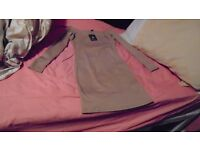 Atmosphere long top-Brand New (Meant to be size 8 but more like size 6)