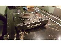 Pioneer CDJ 1000 x 1