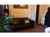 1 bedroom first floor flat, double glazing central heating furnished/unfurnished, parking, garden