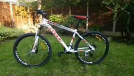 Mountain bike brand new mens womens disc brakes S/M size Aluminium lightweight lock out fork