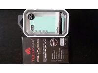 Incipio Case iPhone 5S + Tempered Glass
