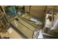 Fish tank 120x50x50 with hood brand new changed side panel. Full working