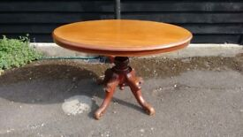 REDUCED!! Late Victorian Oval Tilt Top Mahogany Breakfast Table