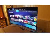 Mint condition Samsung Smart Curved TV, HD Quality with HDMI points and many more extras.