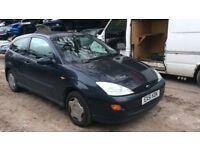 2001 Ford Focus CL 3dr Hatchback Petrol 1.4L Black BREAKING FOR SPARES