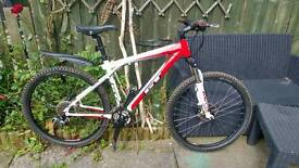 GT Avalanche 3.0 Hydraulic Disc Spec