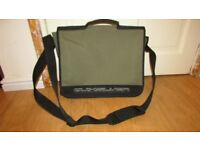 Quicksilver bag (only used twice and in excellent condition)