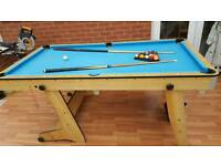 Collapsible 6ft pool table