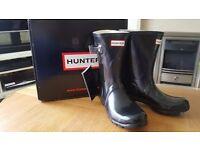 Hunter Short Gloss Boots Size 5