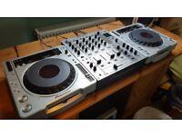 2 x Pioneer CDJ 800 mk2 & DJM 700