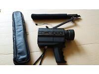 VINTAGE CAMERA - BELL & HOWELL FILMOSONIC XL