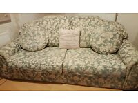 3 Seater Sofa & 2 Chairs in Immaculate Condition