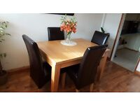 QUALITY Dining Room Table ( extendable ) & 6 Leather Chairs.