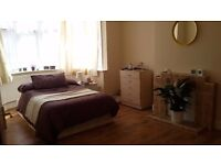2 Great Rooms in Zone 2!! (£680 & £740/month)