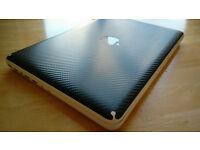 Macbook (Mid-2010, 13 inch), 8GB RAM, 750GB HDD